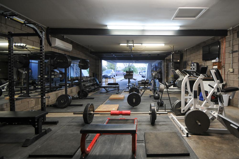 New improved garage gym bret contreras