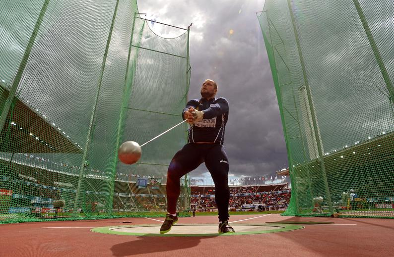 The-hammer-throw