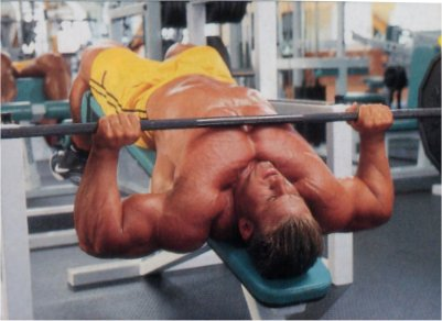 jay-cutler-decline-barbell-press